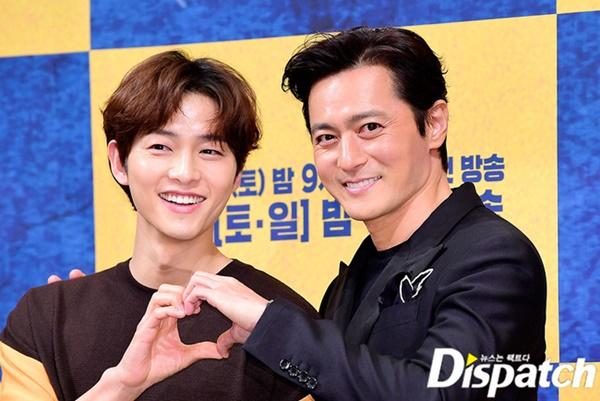 Lộ nguyên nhân dẫn tới việc Song Joong Ki và Song Hye Kyo quyết định ly hôn, hóa ra lại liên quan tới vụ săn gái trẻ của Jang Dong Gun?-3