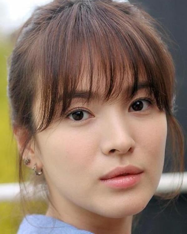 """Tưởng sau ly hôn Song Hye Kyo mới xõa"""", nhưng chưa lấy chồng cô đã ăn chơi"""" hết mình với loạt phá cách sau-1"""