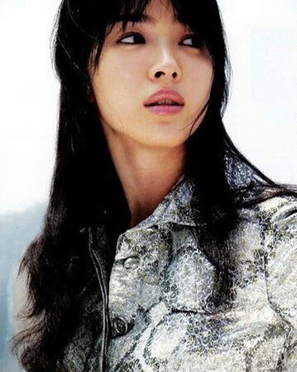 """Tưởng sau ly hôn Song Hye Kyo mới xõa"""", nhưng chưa lấy chồng cô đã ăn chơi"""" hết mình với loạt phá cách sau-10"""