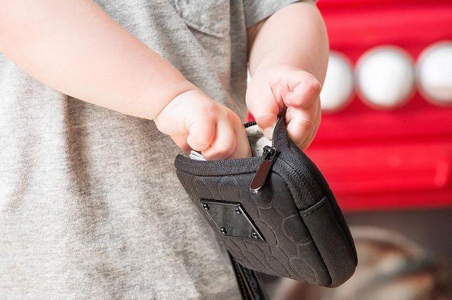 Con trai ăn cắp 700.000 đồng mua đồ chơi, cách xử trí cực khéo của người cha khiến con không bao giờ dám tái phạm-1