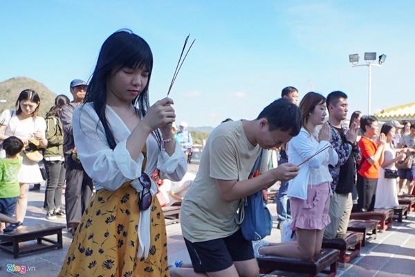 Đến Hải Nam chiêm ngưỡng tượng Quan Âm 3 mặt cao nhất thế giới-5