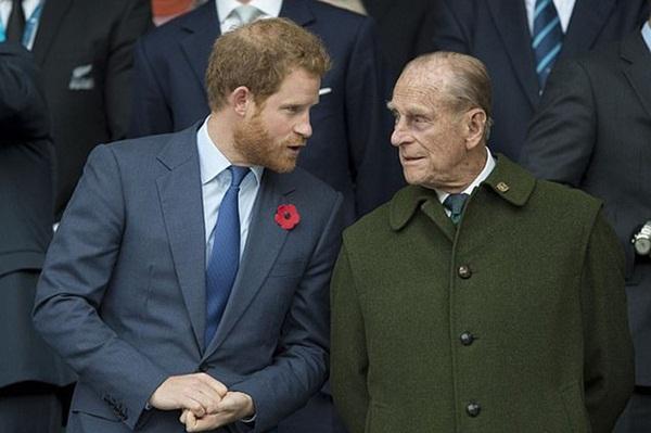 Lý do thực sự khiến Hoàng tử Harry chống lại cả gia đình, nhanh chóng muốn đi theo Meghan Markle rời khỏi quê hương?-2