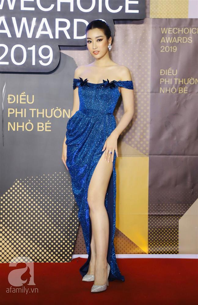 Chẳng đụng trang phục, loạt mỹ nhân Việt lại đụng nhau công thức khoe dáng tại thảm đỏ WeChoice Awards 2019-2