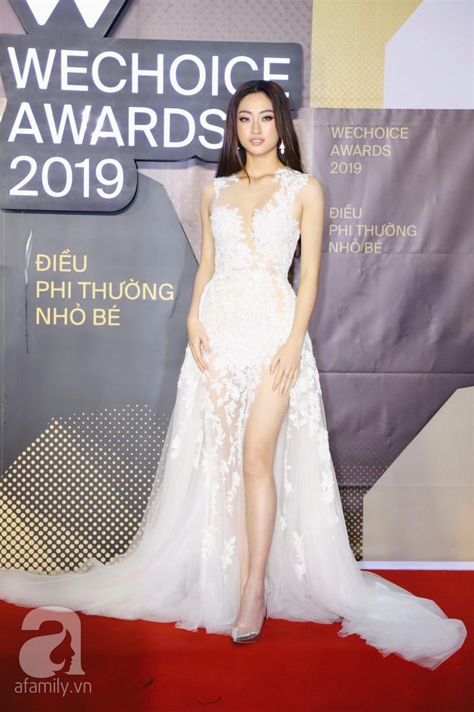 Chẳng đụng trang phục, loạt mỹ nhân Việt lại đụng nhau công thức khoe dáng tại thảm đỏ WeChoice Awards 2019-6