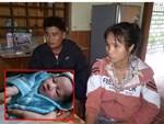 Xót xa bé gái sơ sinh tật nguyền bị mẹ giấu trong đống gạch ở cổng chùa-5