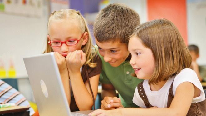 4 bài học mọi cha mẹ cần dạy con về Facebook-3