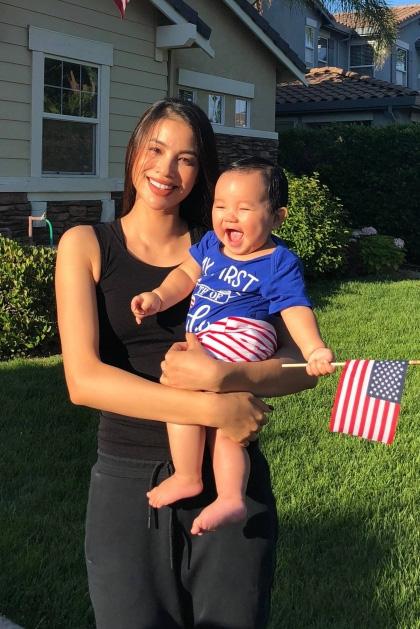 Phạm Hương lại lộ bụng lớn, nghi vấn mang thai lần 2 sau một năm sinh con ở Mỹ?-2