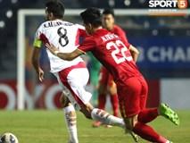 Góc giải mã: Tại sao cầu thủ U23 Jordan đi tất thủng lỗ chỗ đối đầu với Việt Nam?