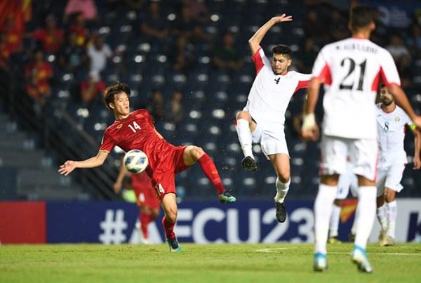 Chịu đấm ăn xôi, U23 Việt Nam đi trên dây với tấm vé vào tứ kết quý giá-3