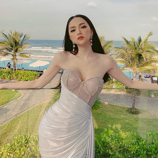 Hương Giang thích diện đồ ánh kim, khoe đường cong sexy lấn át HyunA-6