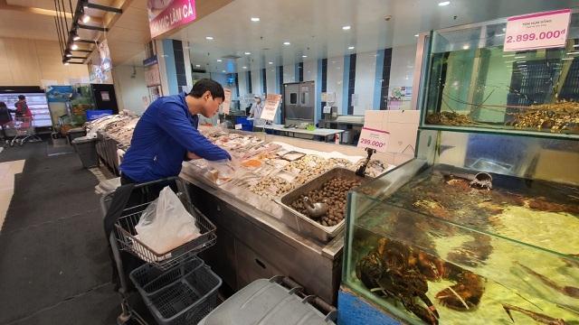 Ít đi nhậu, chồng tiết kiệm tiền mua hải sản nhập khẩu tẩm bổ cho vợ con-3
