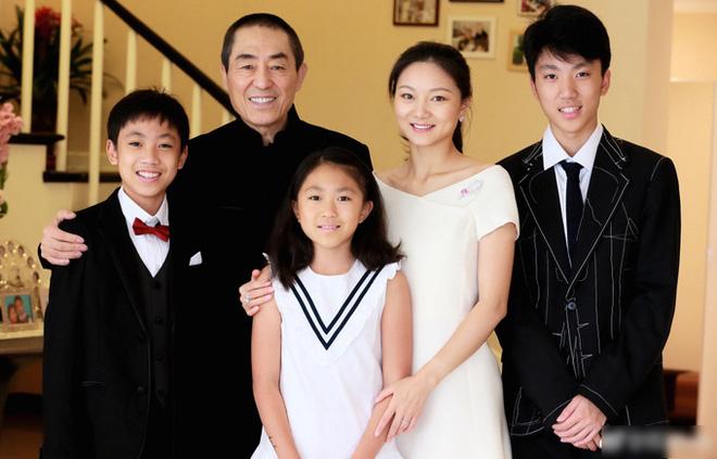 Trương Nghệ Mưu: Bỏ vợ khi thành danh, kết hôn với học trò kém 31 tuổi-8