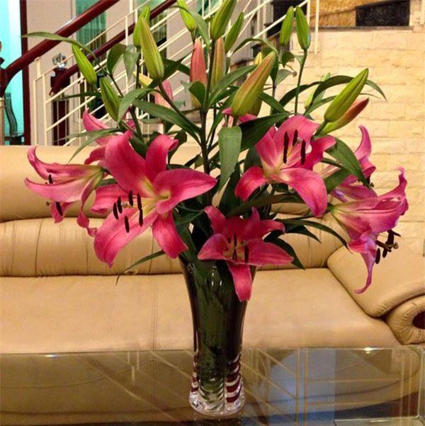 Mẹo giữ hoa tươi lâu trong 9 ngày Tết chị em nên biết-2