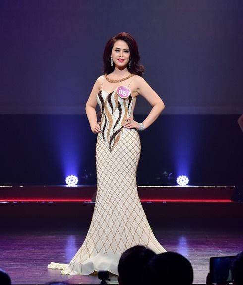 Nhan sắc rạng rỡ thời đi thi Hoa hậu của bạn gái mới NSƯT Chí Trung-4