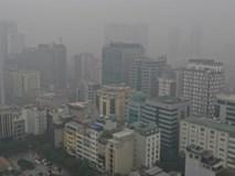 Sương mù bao phủ Hà Nội, không khí ô nhiễm trầm trọng
