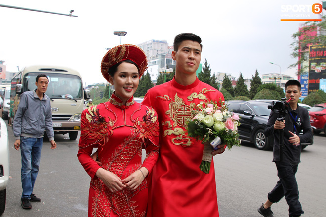 Vừa làm lễ ăn hỏi, Duy Mạnh sẽ phải chia xa Quỳnh Anh để đến Malaysia thi đấu-2