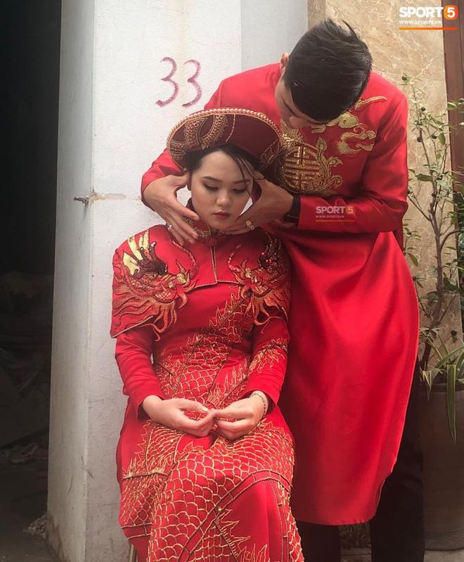 Vừa làm lễ ăn hỏi, Duy Mạnh sẽ phải chia xa Quỳnh Anh để đến Malaysia thi đấu-3