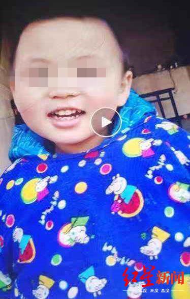 Bố bận trả lời tin nhắn, quay qua phát hiện con trai 4 tuổi mất tích, 10 ngày sau cậu bé qua đời vì một tai nạn đau đớn-2