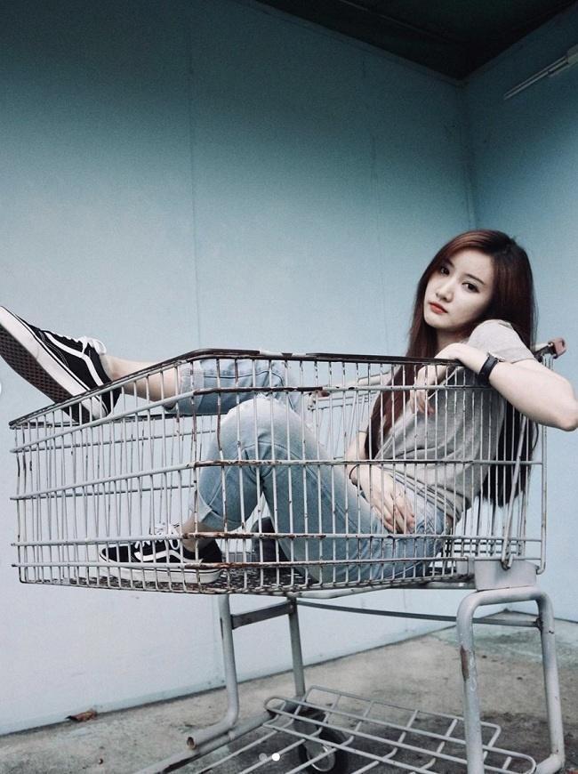 Ảnh: Hotgirl Lào xinh đẹp và được biết đến nhiều nhất tại Hàn Quốc-5