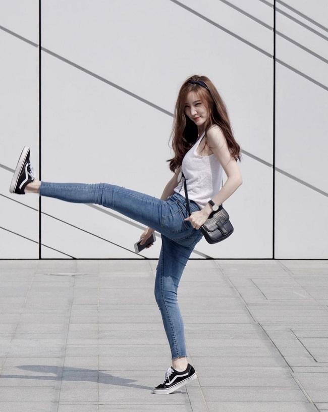 Ảnh: Hotgirl Lào xinh đẹp và được biết đến nhiều nhất tại Hàn Quốc-7
