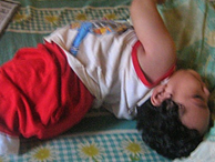 Bà mẹ chia sẻ khoảnh khắc đáng sợ khi cậu con trai lên cơn động kinh vì bị nhiễm virus cúm A
