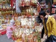 Hà Nội: Phố vàng mã nhộn nhịp người mua ngày ông Công ông Táo