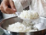 Nữ giúp việc đầu độc nước tiểu, máu kinh nguyệt vào đồ ăn thức uống của gia đình người chủ suốt 2 năm trời