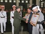 Xót xa dải tang trắng trong lễ tang 3 liệt sĩ hy sinh ở Đồng Tâm-13