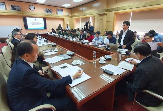 Chuyên gia đánh giá nguy cơ dịch bệnh viêm phổi cấp lây truyền vào Việt Nam: Không phải chuyện đùa!-1