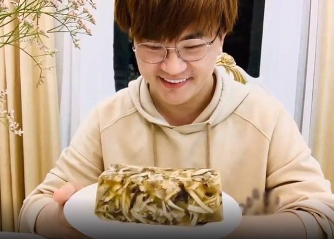 MC được yêu thích nhất năm làm giò thủ chay đón Tết, cách làm dễ ợt cho chị em-4