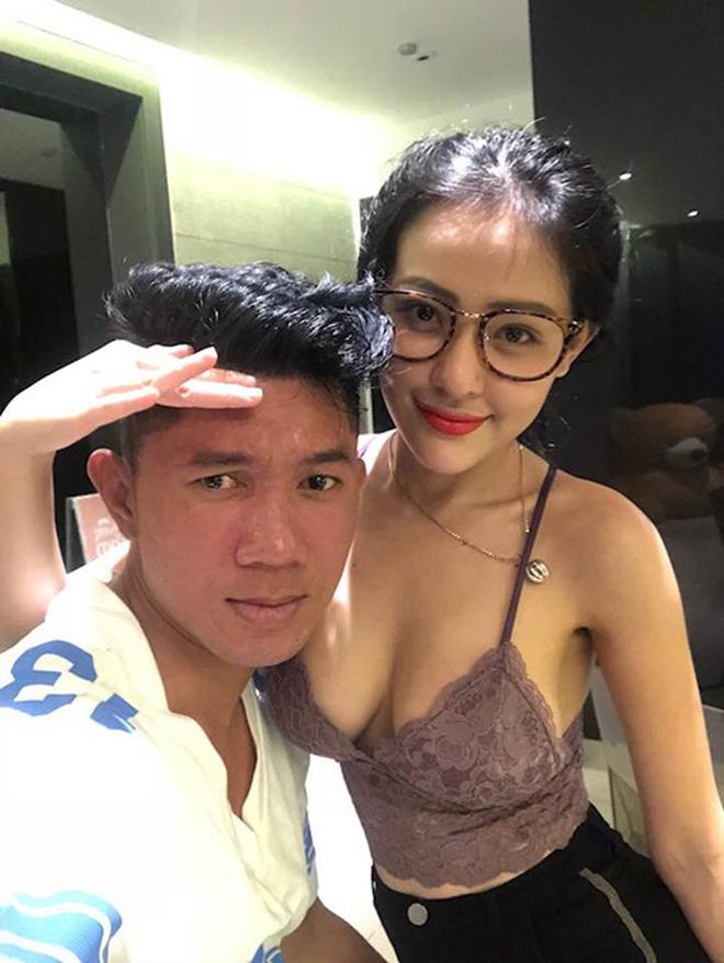 Dân mạng ném đá thẳng tay khi Ngân 98 diện bikini dưới tuyết -6 độ C ở Hàn, Lương Bằng Quang còn lấy hình ảnh câu view cho kênh Youtube-3
