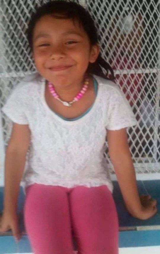 Cưỡng hiếp rồi giết chết bé gái 6 tuổi, nghi phạm độc ác bị dân làng tức giận đánh đập và thiêu sống-1