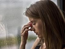 Những dấu hiệu xuất huyết não nhưng nhiều người ngỡ là chứng đau đầu thông thường: Chủ quan chậm trễ đến viện khiến nguy cơ biến chứng cao, thậm chí có thể mất mạng