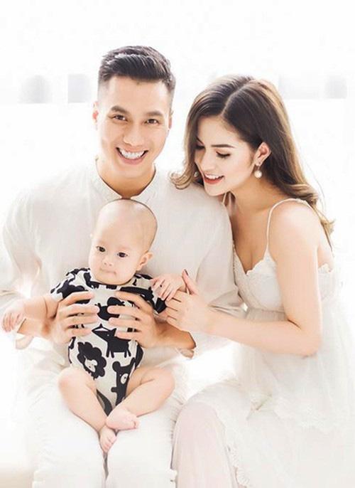 Trước khi bị cả 2 vợ cũ chỉ trích vô trách nghiệm, nam diễn viên Việt Anh từng có cách nuôi dạy con rất gì và này nọ-2
