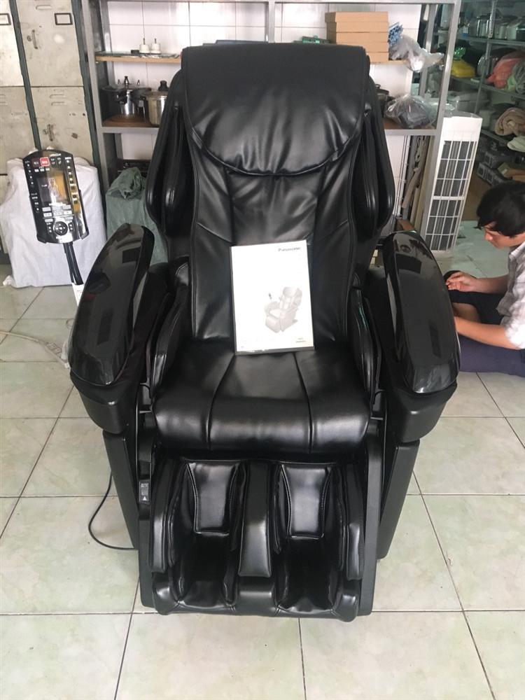 Chi gần trăm triệu mua ghế massage chữa bệnh về... bán đồng nát-1