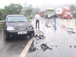 Bon chen trên cao tốc, xe khách gây tai nạn liên hoàn với 5 xe khác-1