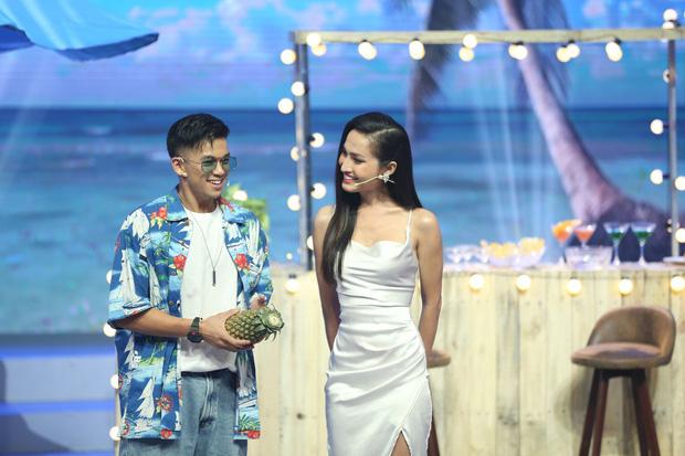 Khiến Trọng Hiếu công khai tỏ tình trên truyền hình, Hoa hậu chuyển giới đầu tiên của Việt Nam Hoài Sa có gì đặc biệt?-14