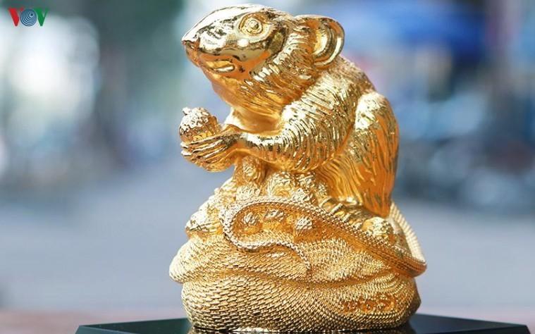 Cẩn trọng khi mua đồ mạ vàng trưng ngày Tết-1