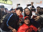 Buồn như đội tuyển U23 Trung Quốc ngày về nước: Đã mệt lả, kiệt sức vì chuyến bay dài lại còn bị các CĐV quay lưng-11