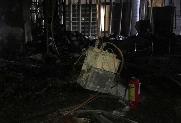 Hiện trường vụ cháy tòa nhà dầu khí Thanh Hóa khiến 2 người chết, 13 người bị thương-8