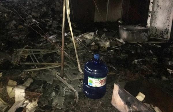 Hiện trường vụ cháy tòa nhà dầu khí Thanh Hóa khiến 2 người chết, 13 người bị thương-9