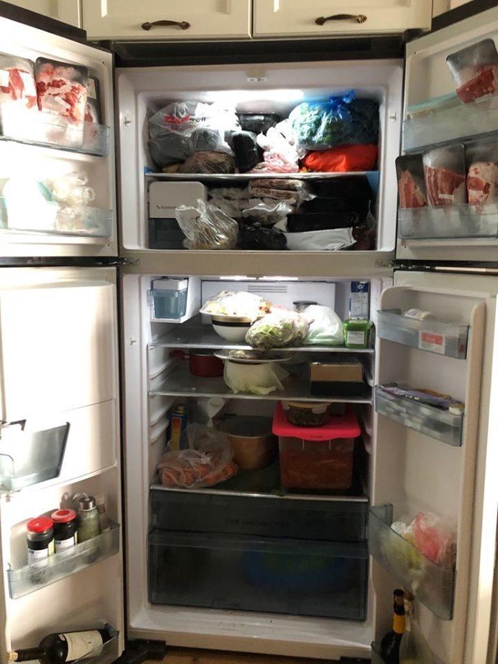 Phát hoảng giá Tết, chỉ lau cái tủ lạnh chém 1 triệu đồng-1