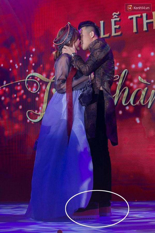 Cái ngược thú vị trong phong cách của hai cặp vợ chồng MC - danh hài hot nhất showbiz Việt từ khi kết hôn đến giờ-9