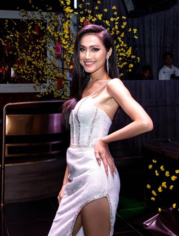 Hoài Sa - người đẹp thi Hoa hậu Chuyển giới Quốc tế-2