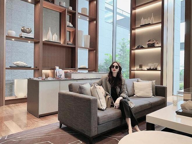Cuộc sống sang chảnh của Hoa hậu Đặng Thu Thảo ở tuổi 29-17