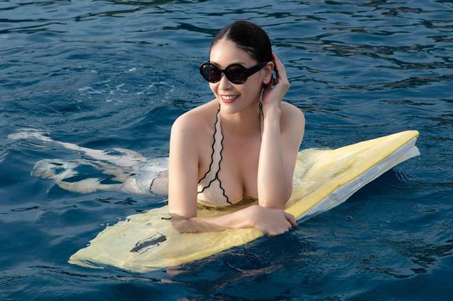 Thân hình nóng bỏng khó tin ở tuổi 43 của hoa hậu Hà Kiều Anh-7