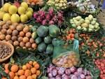 Các cửa khẩu tạm đóng sao rau củ quả Trung Quốc vẫn bán đầy chợ?-4