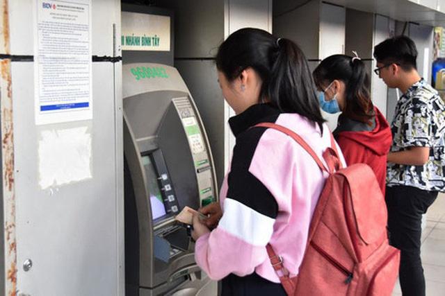 ATM cố thông vẫn nghẽn-1