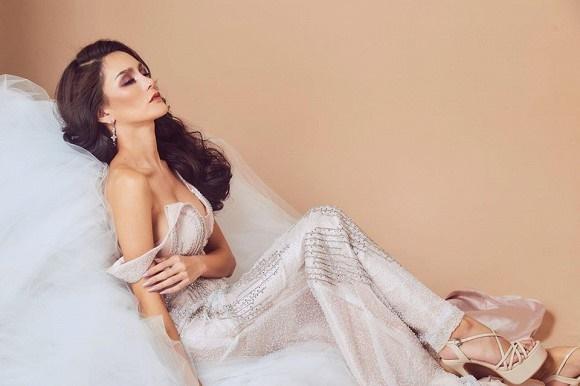 Hoa hậu chuyển giới Thái Lan phẫu thuật thẩm mỹ để trở lại làm nam giới dù bạn đời khó chấp nhận-7