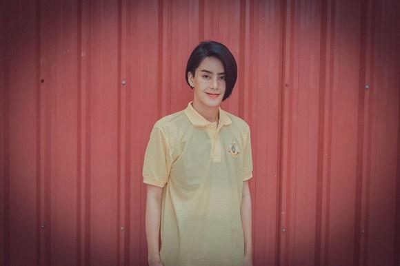 Hoa hậu chuyển giới Thái Lan phẫu thuật thẩm mỹ để trở lại làm nam giới dù bạn đời khó chấp nhận-13